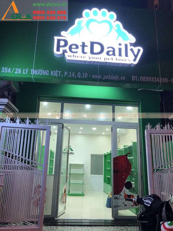 Hình ảnh thi công bảng hiệu shop thú cưng PETDAILY tại quận 10, TPHCM